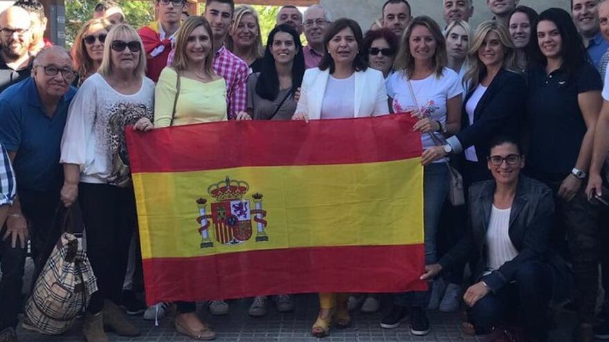 Imagen de miembros del PP, con Isabel Bonig al frente, en una manifestación en Barcelona
