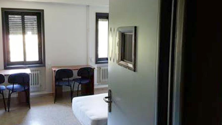 Una de las habitaciones del centro, antes de las últimas obras