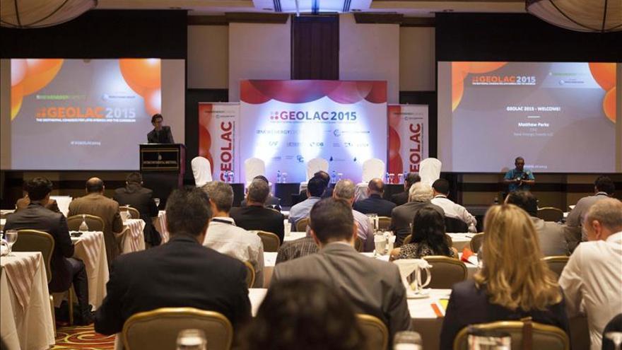Los Gobiernos de A. Latina analizan el desarrollo regional de la industria geotérmica