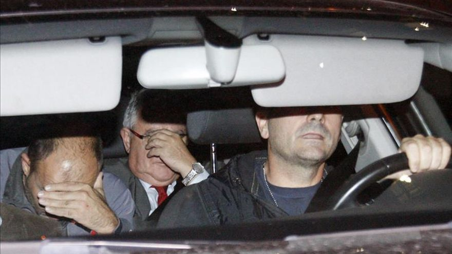 Los detenidos por el caso del 3% permanecen en las comandancias de El Vendrell y Tarragona