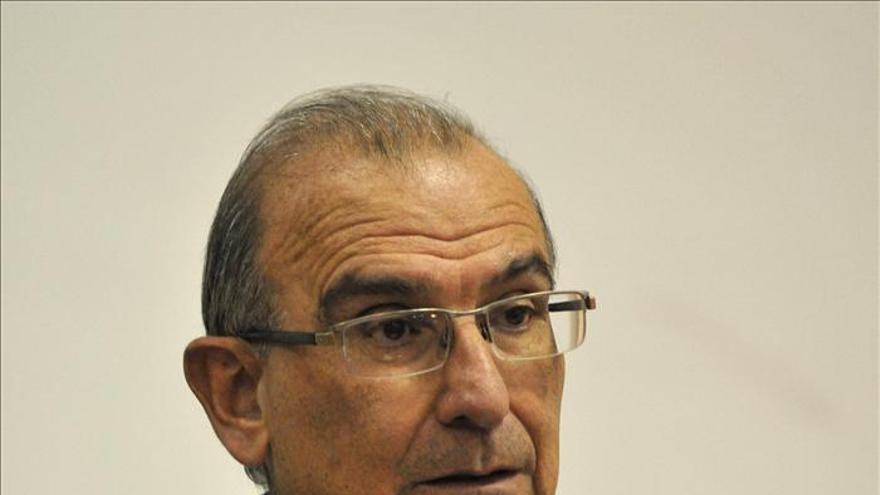 """Negociador colombiano con las FARC considera """"preocupante"""" la tensión con Caracas"""