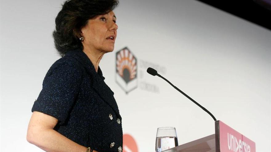 Botín, orgullosa de que se premie al Santander como el mejor banco para las pymes