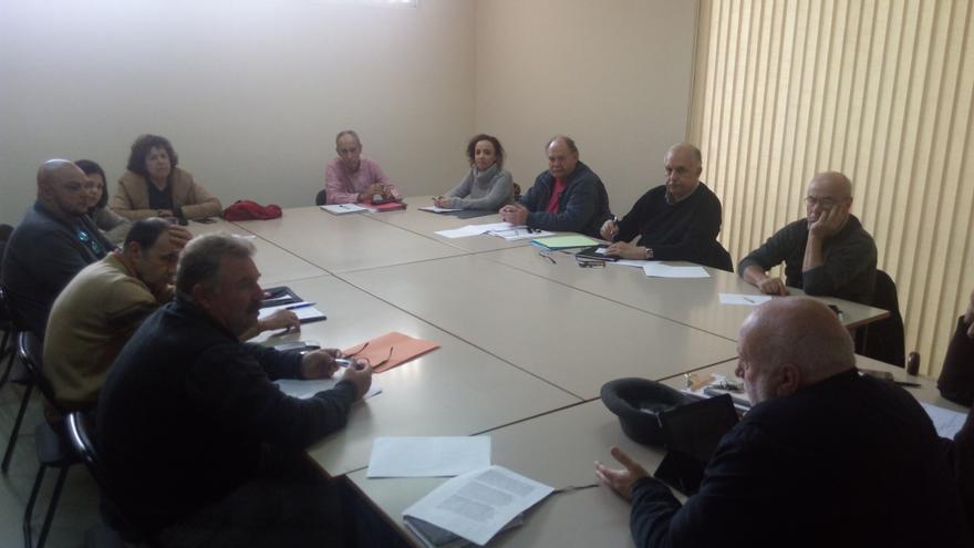 Imagen de la última reunión que ha celebrado la plataforma de oposición al gas