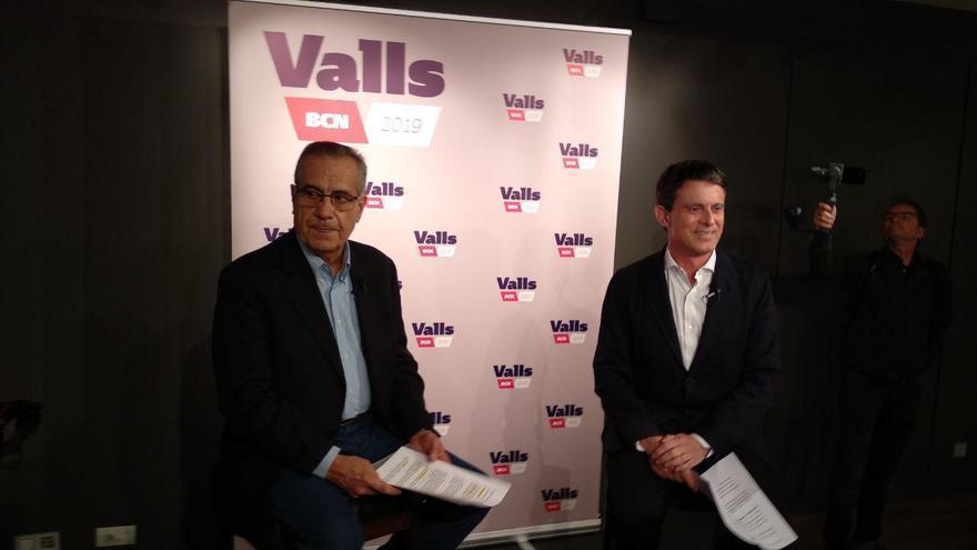 Corbacho junto a Valls durante la presentación de su candidatura