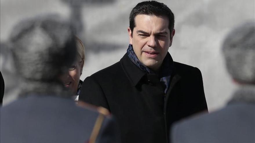 Putin y Tsipras abordan en Moscú las relaciones bilaterales y con la UE