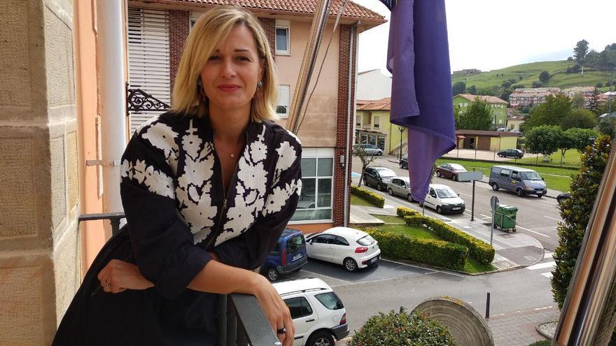 La alcaldesa de Piélagos, Verónica Samperio. | R.A.