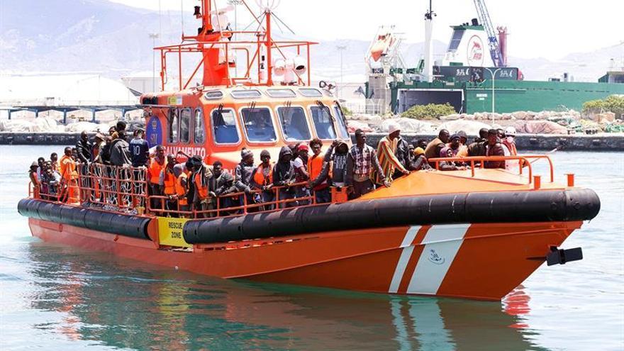Rescatados 116 inmigrantes de tres pateras en Alborán