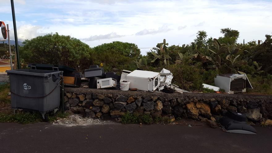 Zona habilitada en Mazo para el depósito temporal de residuos.