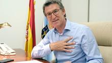 Feijóo iguala los registros de Manuel Fraga con su cuarta mayoría absoluta