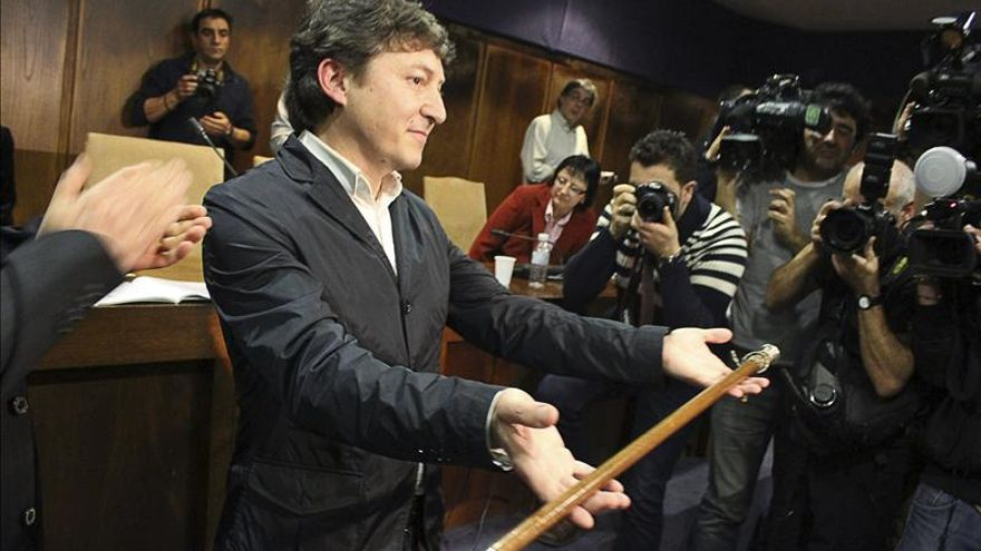 Samuel Folgueral anunciará hoy si renuncia como alcalde de Ponferrada