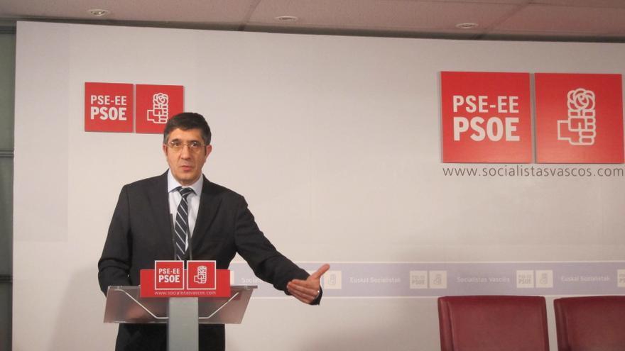 """Patxi López asegura que hay """"vías para integrar a Euskadi y Cataluña"""" y pide no echar """"más gasolina al fuego"""""""