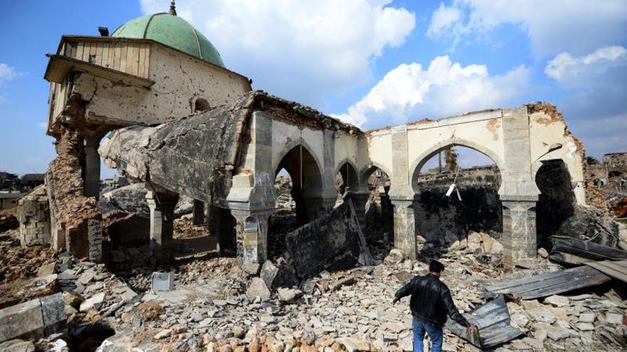 La comunidad internacional acude al rescate de Mosul asolada por el EI