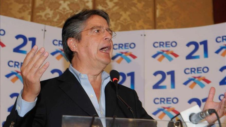 Denegada la entrega de formularios sobre la reelección a opositores de Ecuador