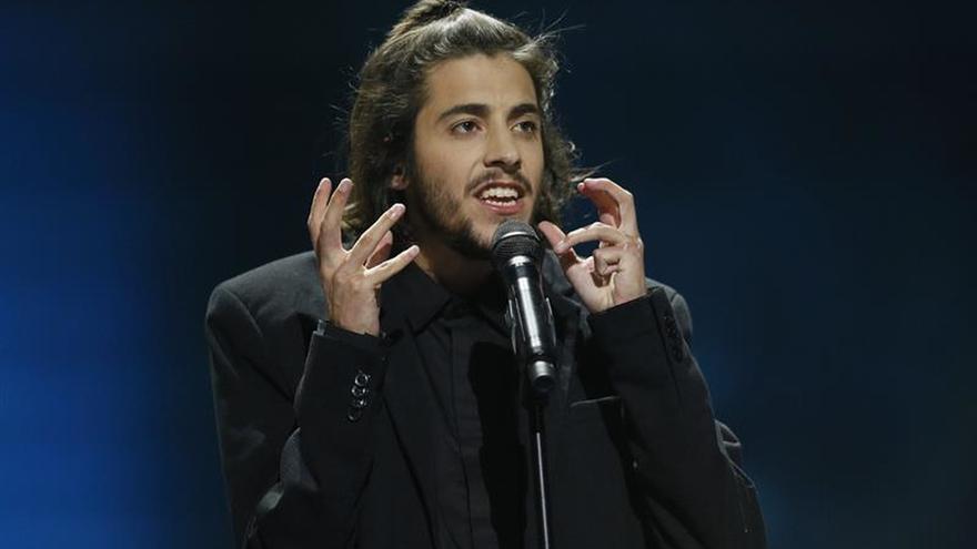 Salvador Sobral, simplicidad para que Portugal se ilusione con Eurovisión