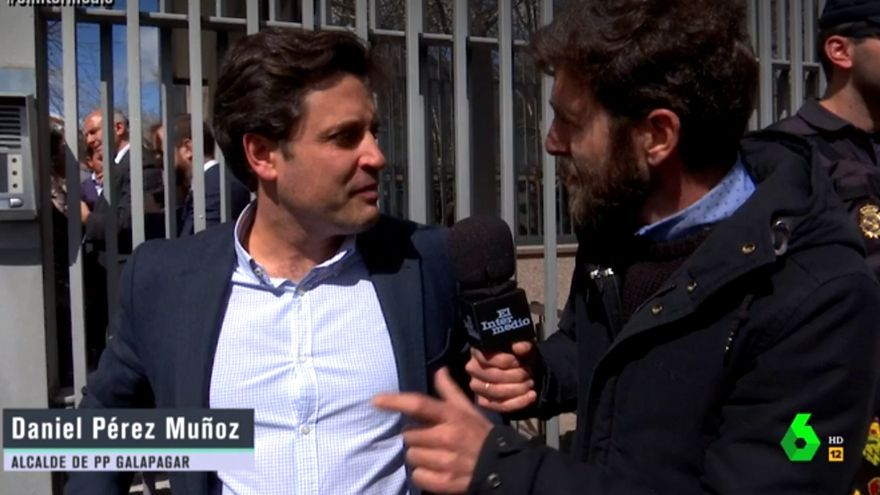 El alcalde de Galapagar con Gonzo