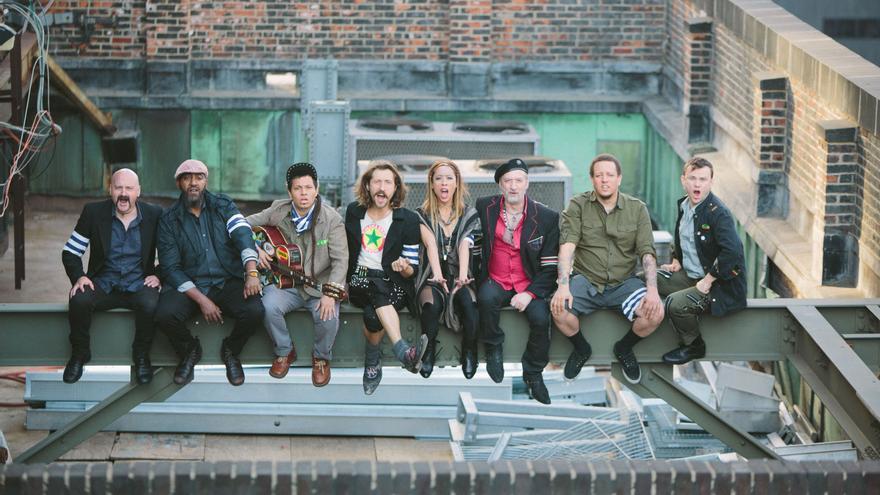 Los neoyorquinos Gogol Bordello llevarán hasta Lanuza sus ritmos gypsy punk.