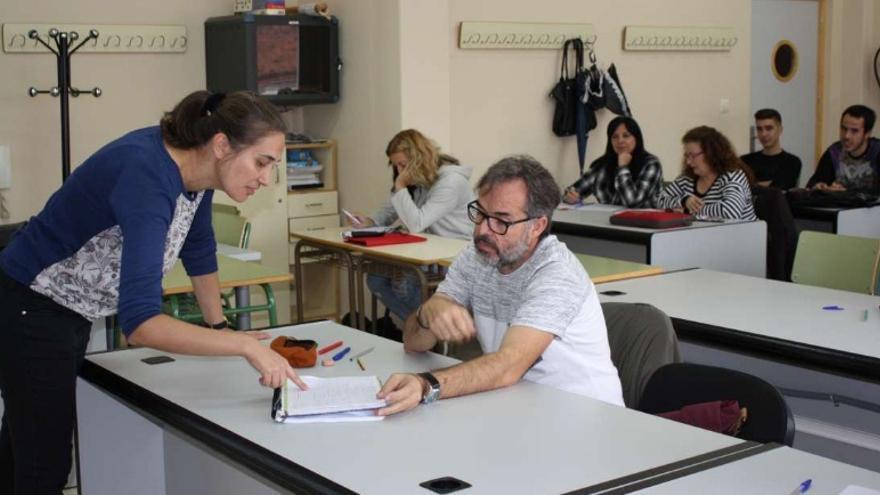 Los docentes que impartirán estas clases han recibido formación específica, basada en técnicas de motivación y entrenamiento / Junta