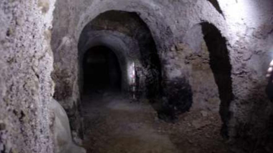 Cueva en la calle Juan Francisco Sahuquillo de El Provencio (Cuenca)