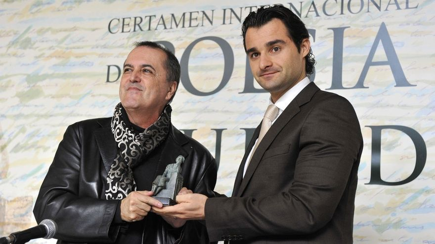 Juan Cobo Wilkins, a la izquierda de la foto.