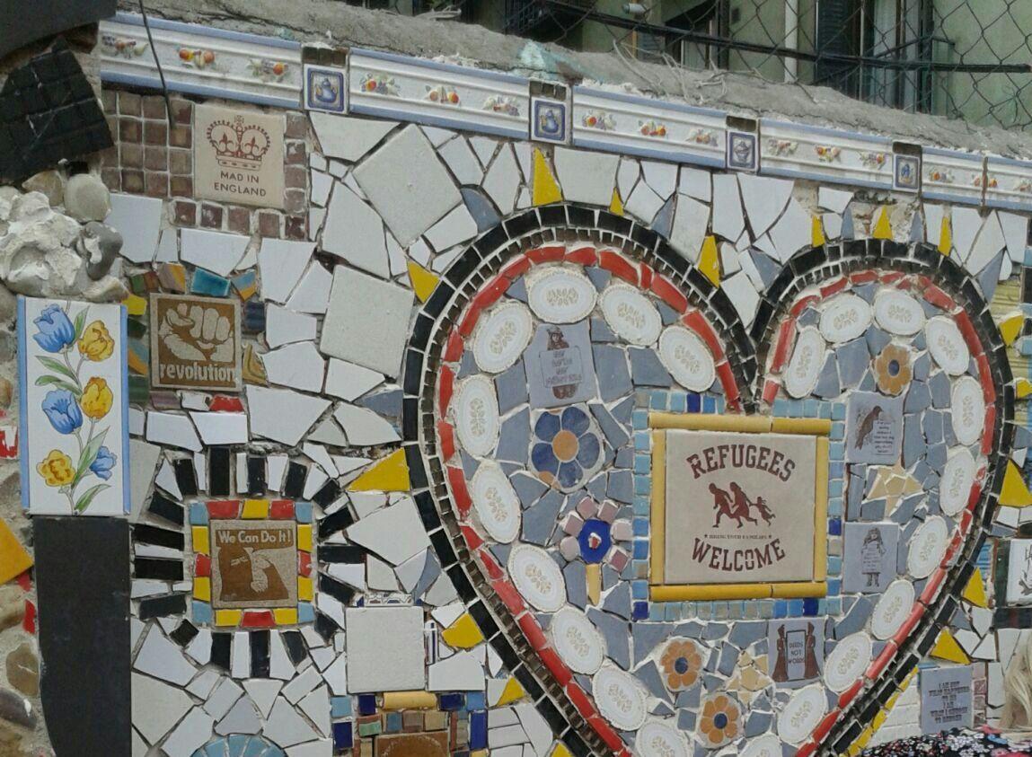 Mosaico vecinal recientemente creado en el solar