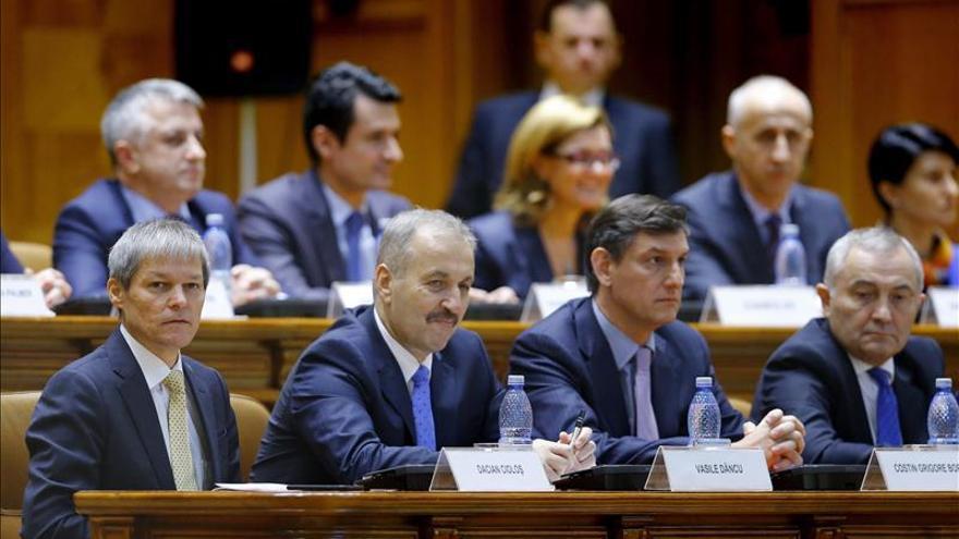 El Parlamento rumano aprueba la investidura de un Gobierno tecnócrataTECNÓCRATAS