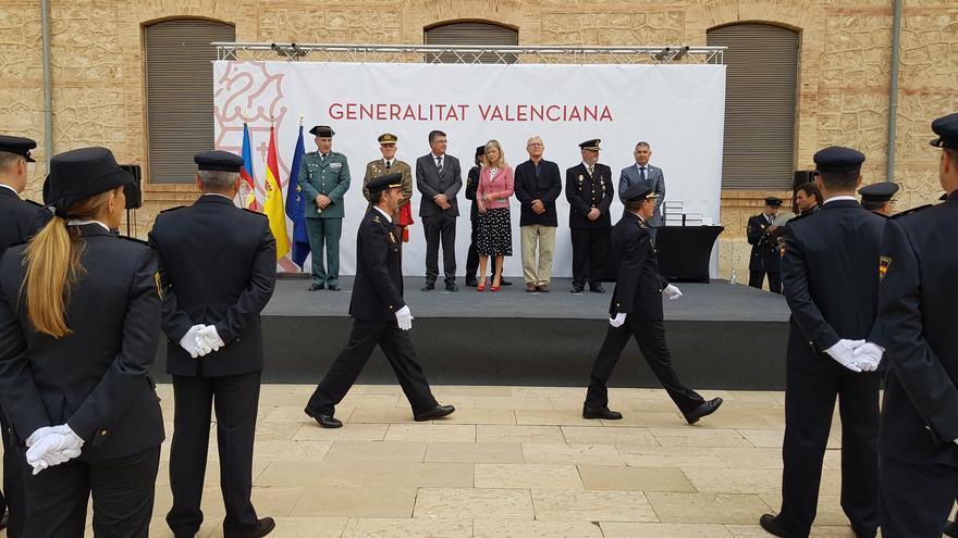 La consellera de Justicia, Gabriela Bravo, preside el acto de celebración del Día de la Policía autonómica.