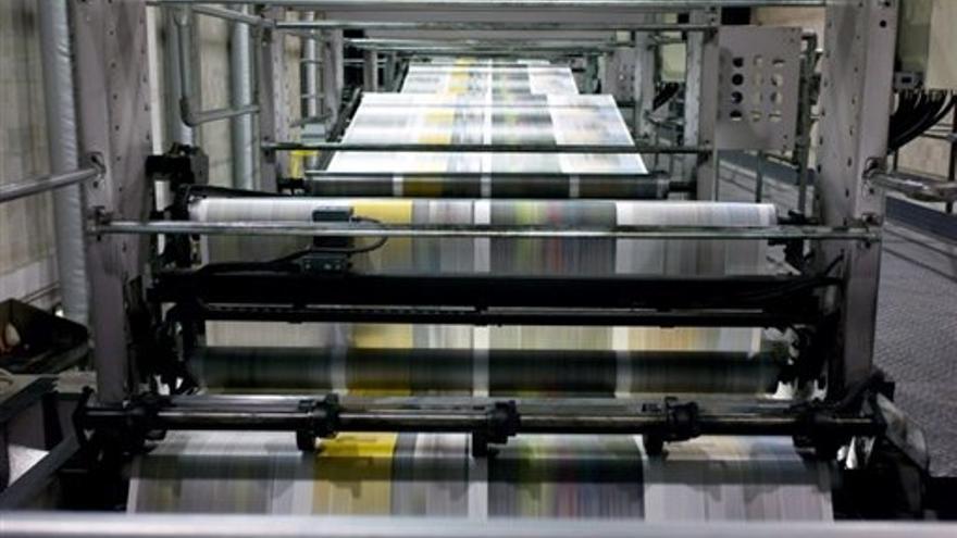 Las rotativas cada vez imprimen menos periódicos por el auge del periodismo digital.