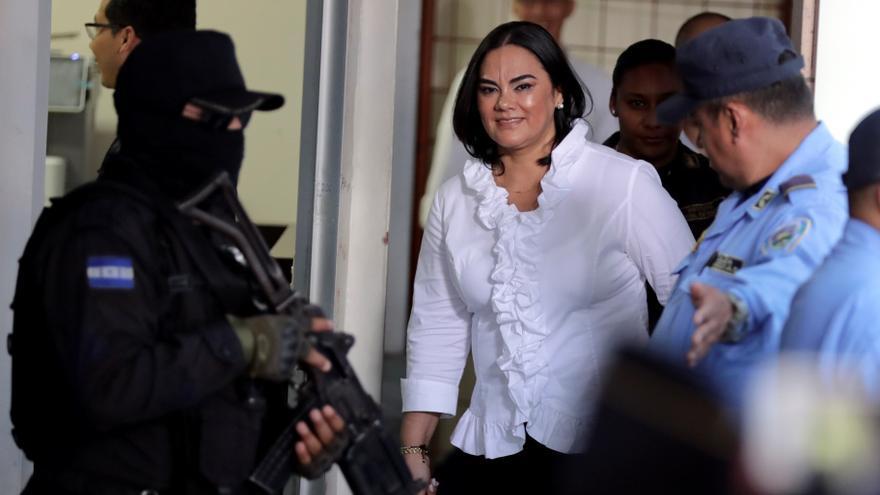 Suspenden por casos de covid la repetición del juicio a una ex primera dama hondureña