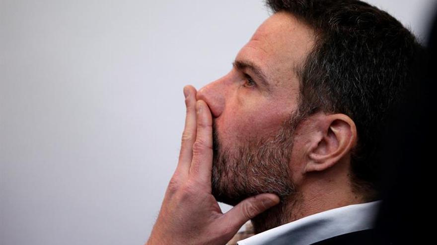 Kerviel, condenado a pagar un millón de euros a Sociéte Générale por los 4.900 que perdió