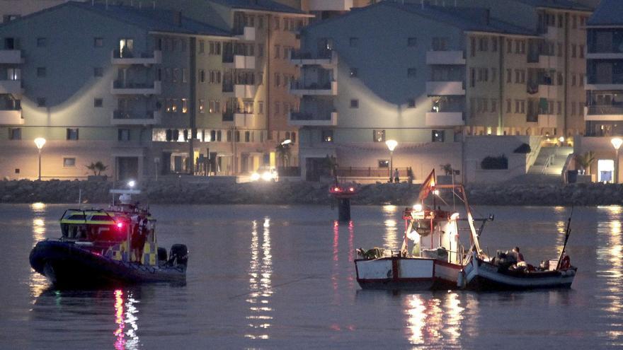 """Los pesqueros seguirán faenando en Gibraltar """"defendidos"""" por la Guardia Civil"""
