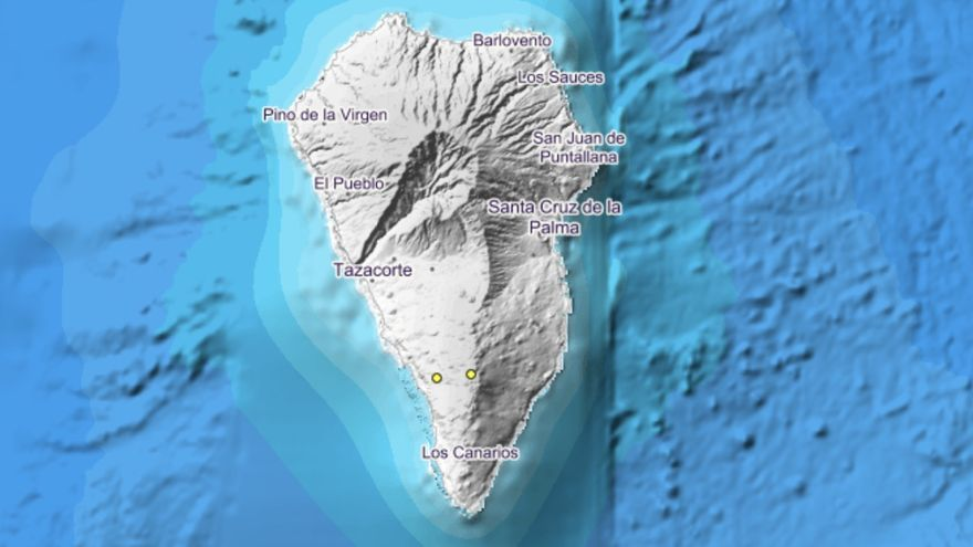 Imagen del IGN donde se indica, con dos círculos, los lugares exactos donde se han localizado los movimientos sísmicos en pasada noche del martes al miércoles, en el municipio de Fuencaliente.