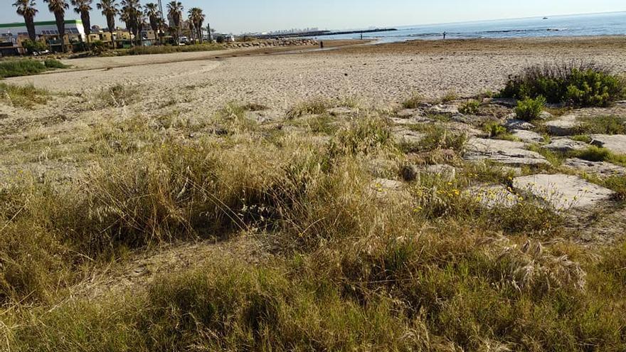Playa de Alboraia junto a la ermita dels Peixets