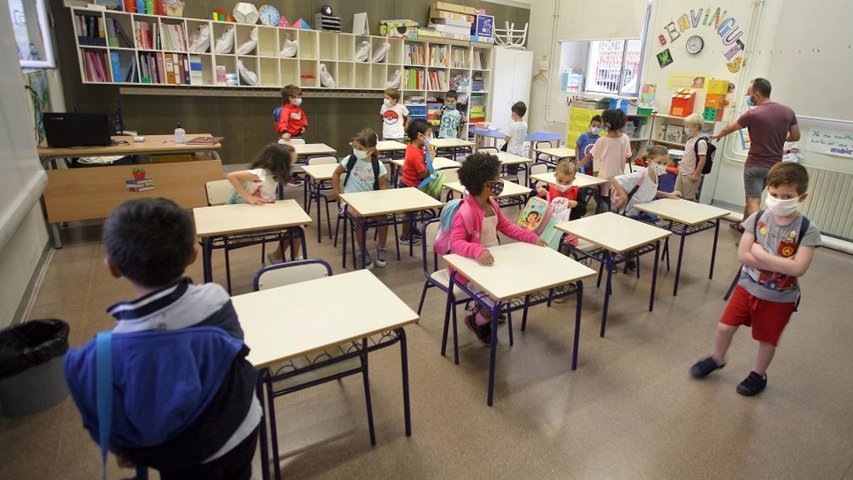 Una clase del colegio Balmes de València en el primer día de cole.