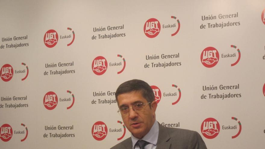Patxi López afirma que órdagos como el de Mas llevan a la confrontación y el conflicto y apela a buscar entendimientos
