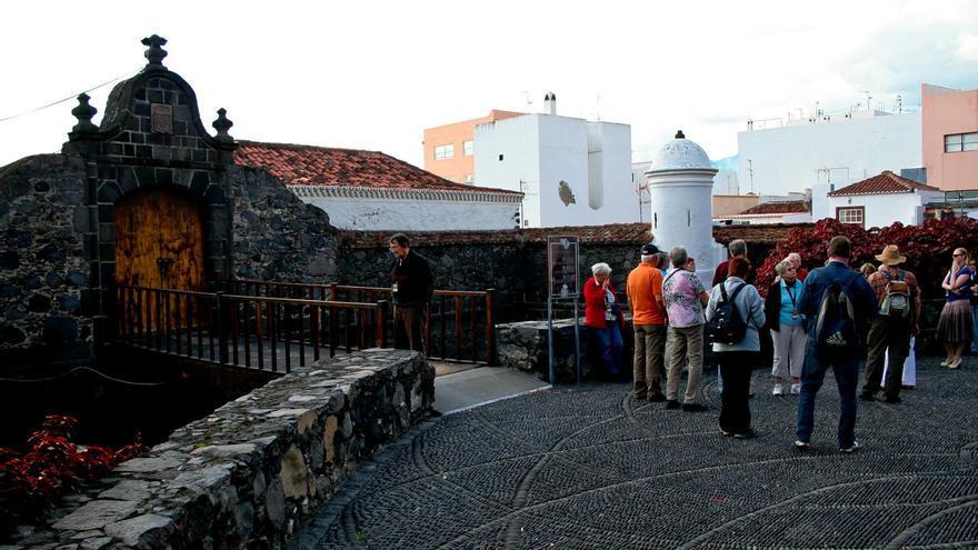 Portada del Castillo de Santa Catalina, antigua fortificación de Santa Cruz de La Palma. VIAJAR AHORA