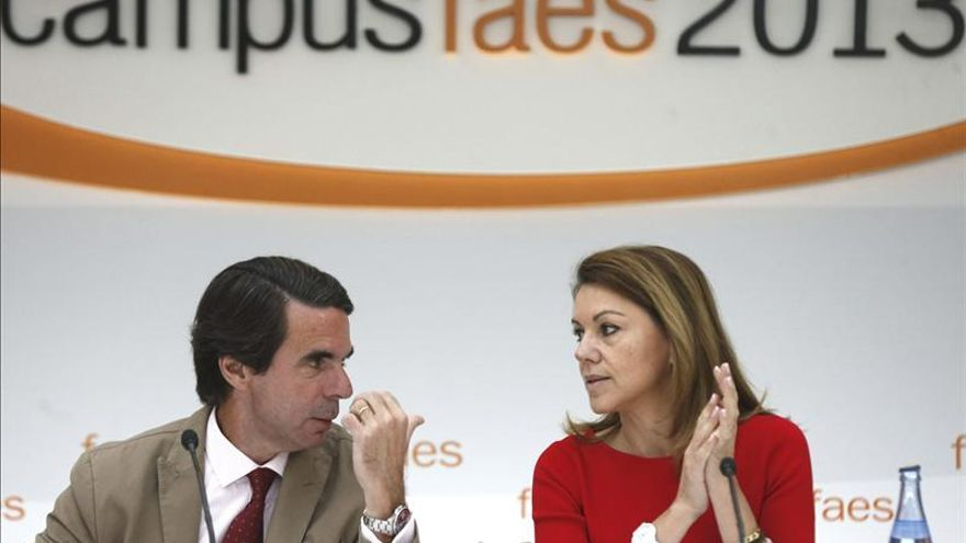 Cospedal defiende los partidos pero pide ser ejemplares y cercenar la corrupción