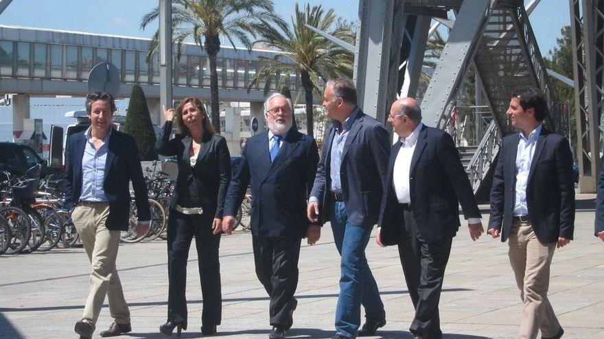 Cañete erige al PP como garantía de la recuperación y de que España sea respetada