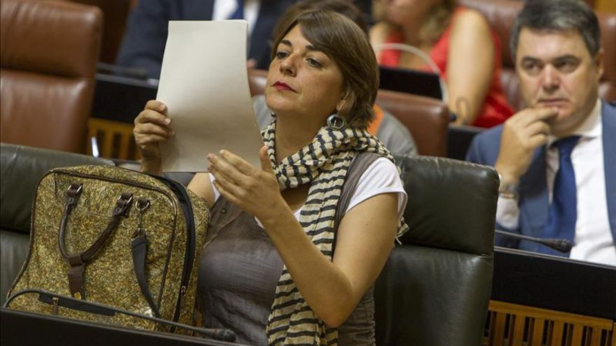 Andalucía acusa al Gobierno de defender especuladores ante derecho a vivienda