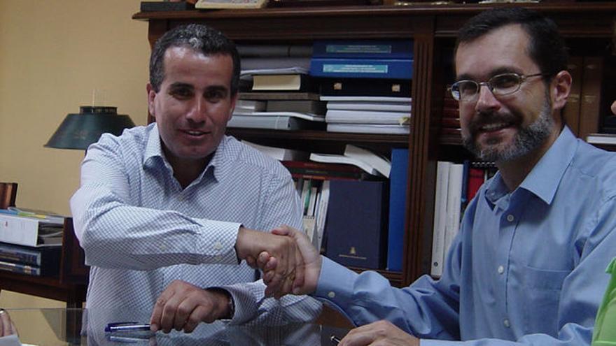 Mario Cabrera, junto a Marcial Morales.