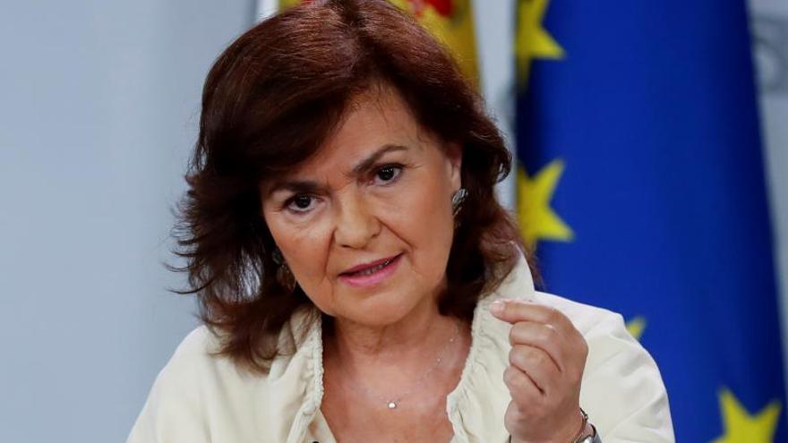 Calvo dice que el Gobierno mira con preocupación la convivencia en Cataluña