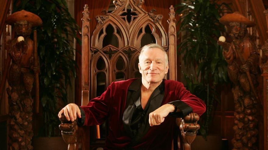 Hugh Hefner en la mansión Playboy