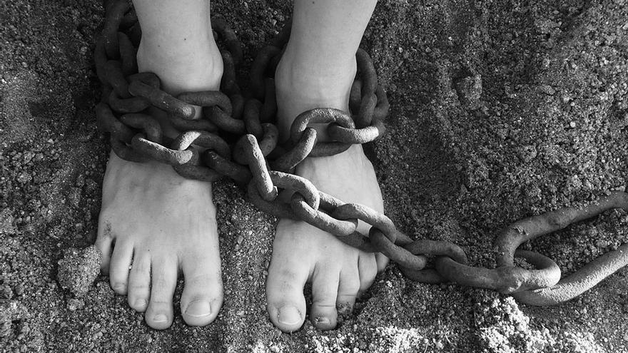 El trabajo no remunerado es en regreso de la esclavitud que muchos aceptan dada la falta de opciones. (DP)