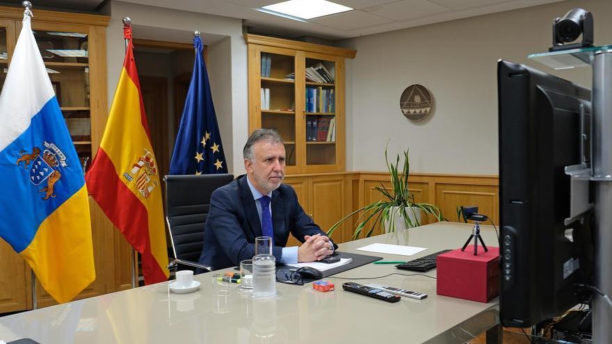 El presidente de Canarias, Ángel Víctor Torres, interviene en la videoconferencia de presidentes autonómicos convocada por Pedro Sánchez
