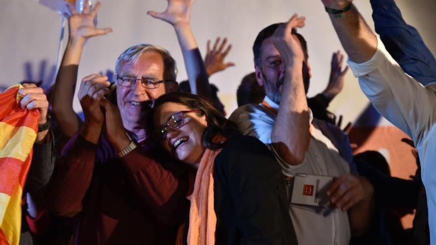 Joan Ribó y Mónica Oltra celebran los resultados de Compromís en la ciudad de Valencia