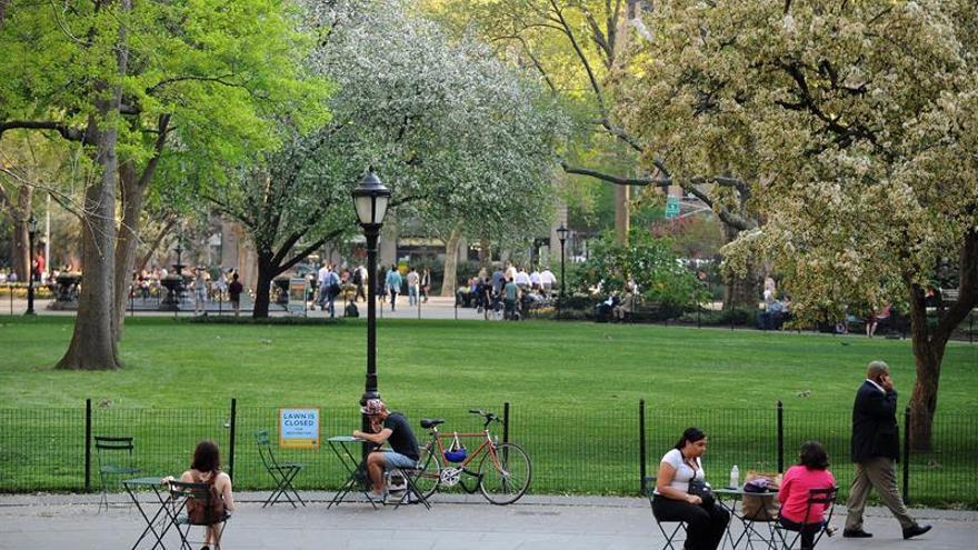 """La producción de """"Hamlet"""" en Central Park confronta la desnudez masculina"""