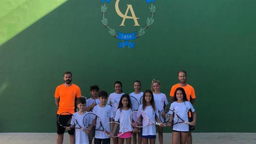 El Círculo acude con cuatro equipos a los campeonatos de Canarias Alevín y Benjamín de frontenis