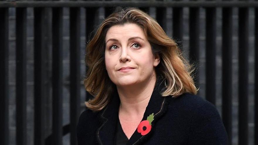 """May apuesta por una mujer partidaria del """"brexit"""" para mantener la paz en el Gobierno"""
