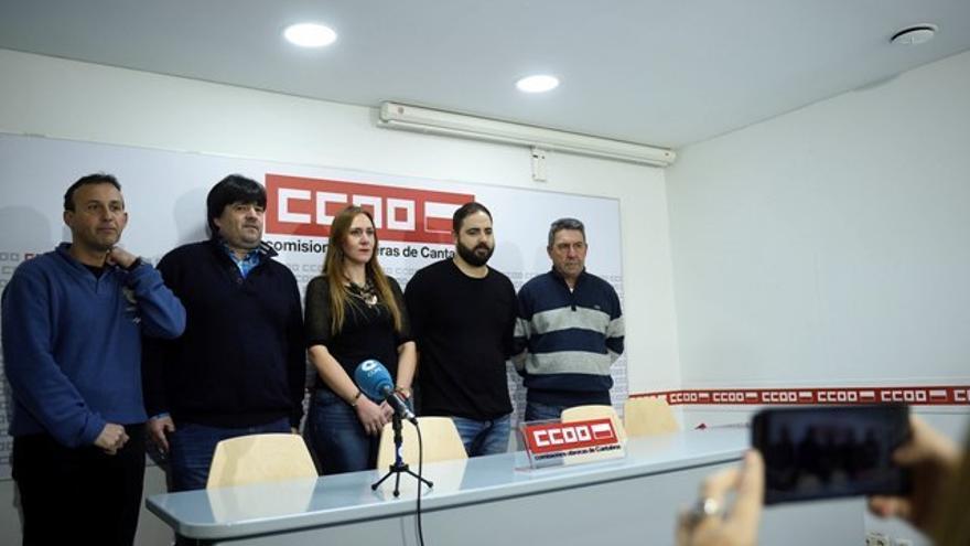 Representantes de CCOO del comité de empresa de Draka Comteq. | PEDRO PUENTE HOYOS