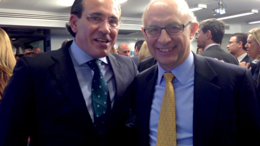 Arturo Torró y Cristóbal Montoro, el ministro de Hacienda, en una junta ejecutiva del PP.