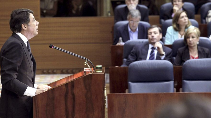 González huye de promesas en su investidura y se declara heredero de Aguirre